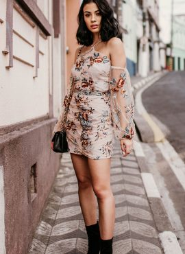 Tularosa Floral Dress Outfit