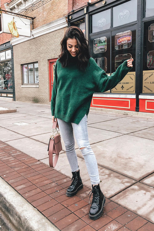 5ab42e33333 Green Sweater Outfit - HelloThalita