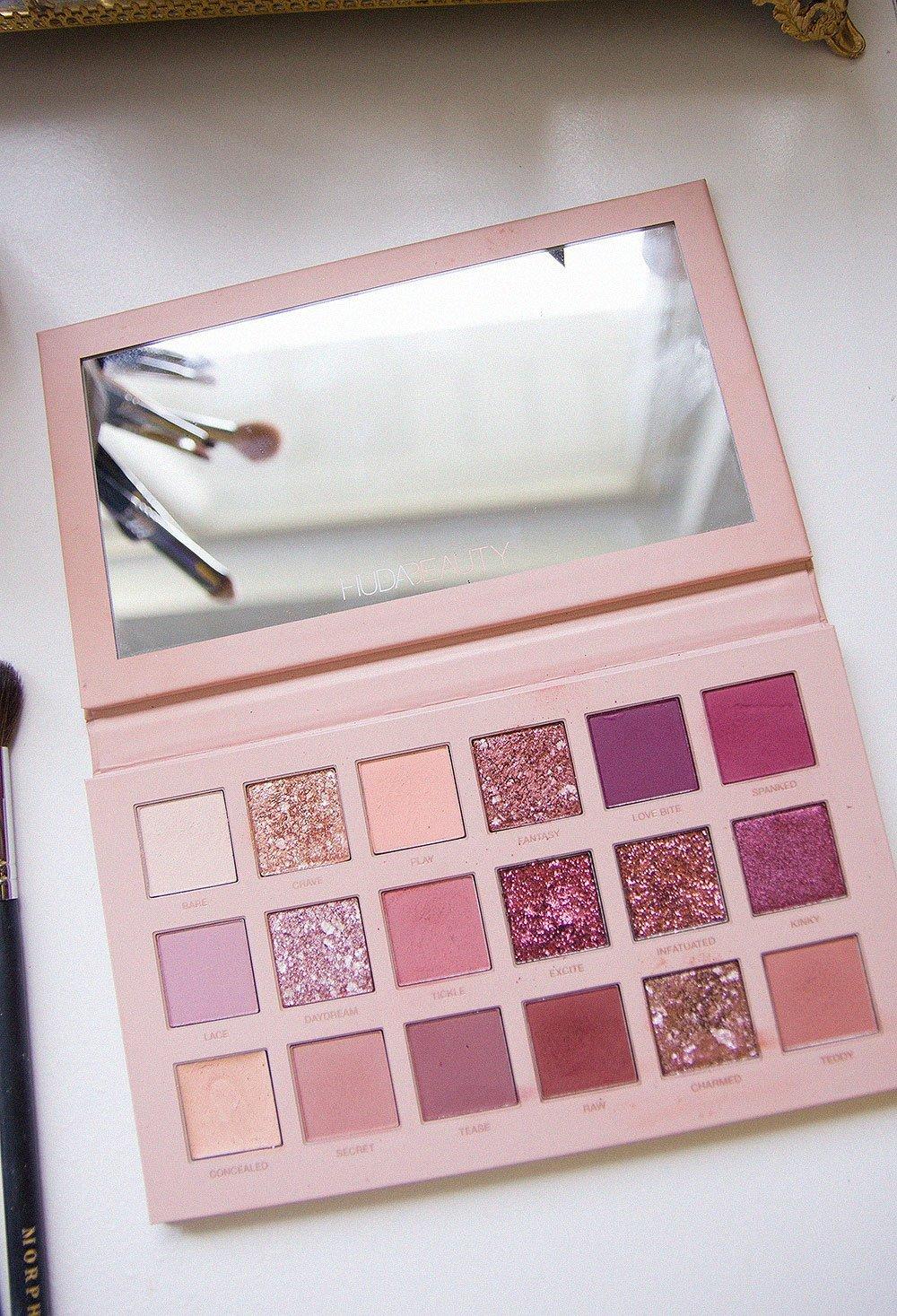 Afsheen » Huda Beauty The New Nude Eyeshadow Palette