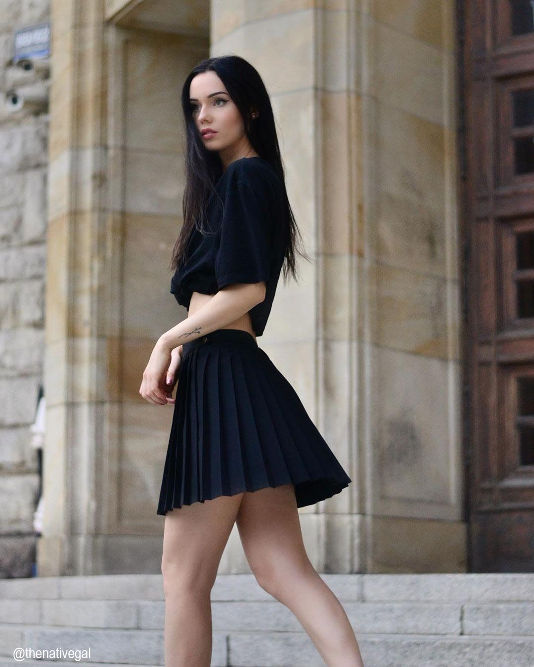 15 Cute Outfits With Tennis Skirts
