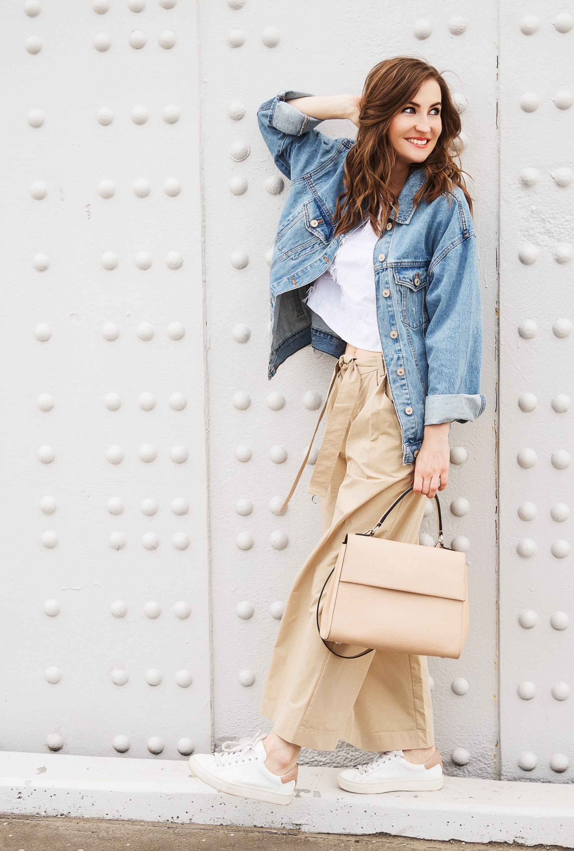 18 cute outfits to wear with palazzo pants