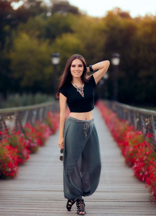 Best Shoes to Wear With Harem Pants – 7 Ideas