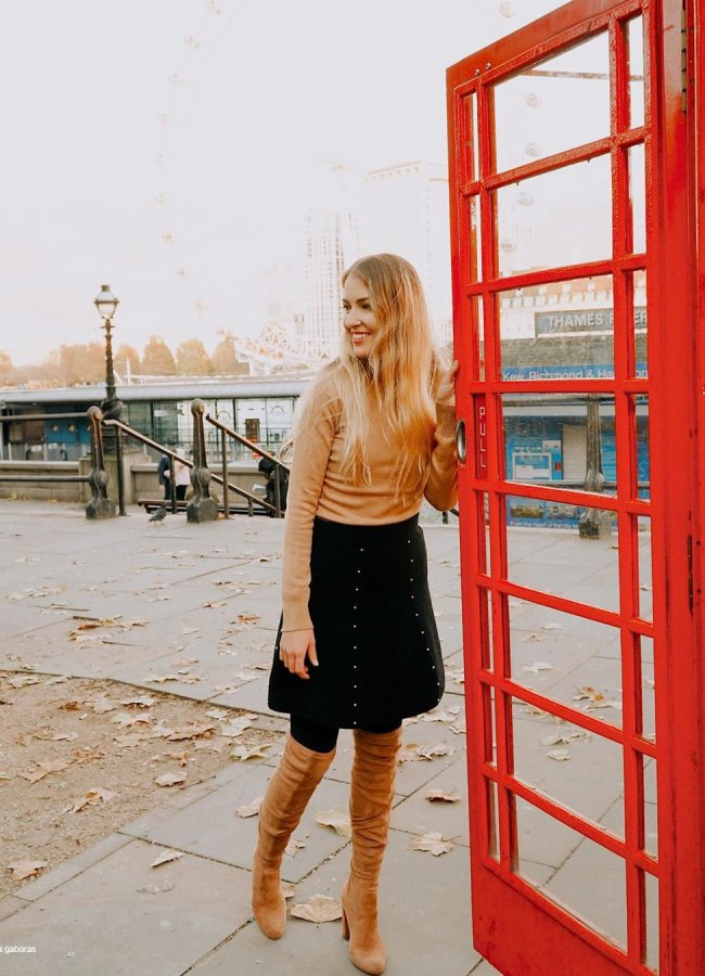 15 Cute Outfits With Tall Brown Boots