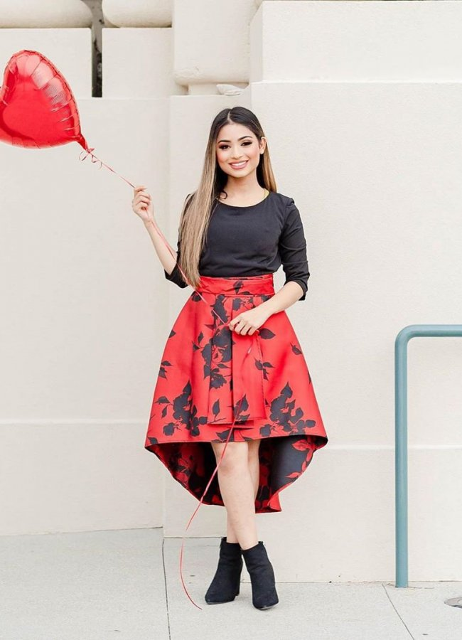 24 Amazing Outfits With High-Low Skirts